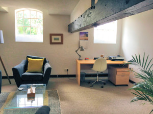 Yellow Consulting Room - Rooms for rent
